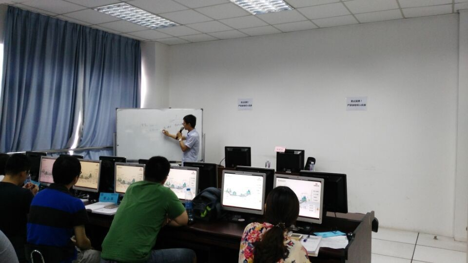 上海CPDA第23期培训课程顺利开课,王庆生老师认真授课